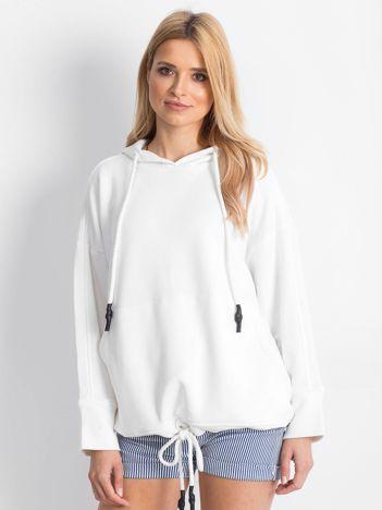 Biała bluza Replicating