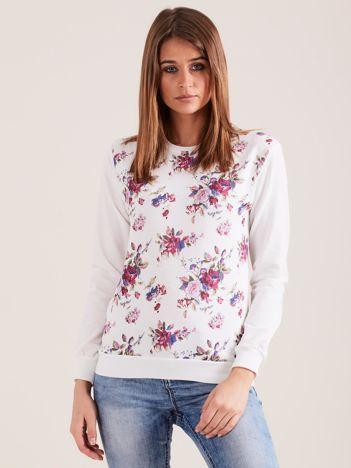 Biała bluza bez kaptura w kwiaty