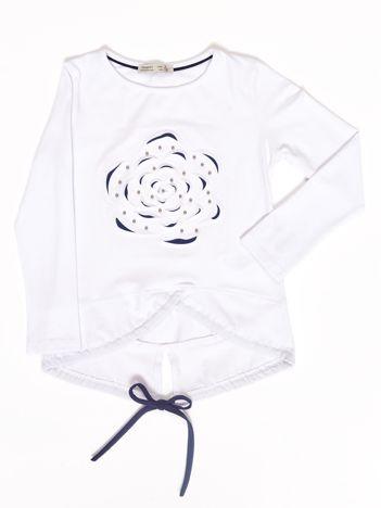 Biała bluzka dla dziewczynki z wypukłym kwiatem