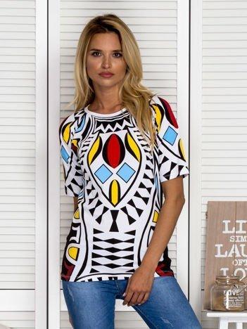 Biała bluzka w kolorowe wzory