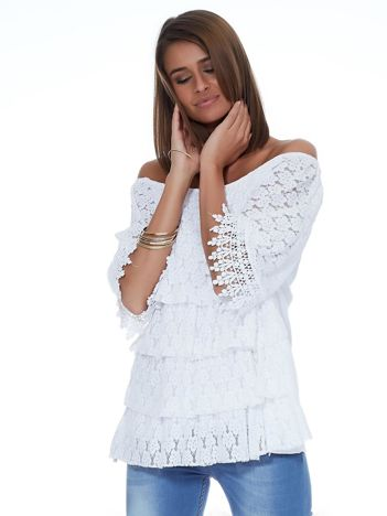 Biała bluzka z warstwowymi falbanami
