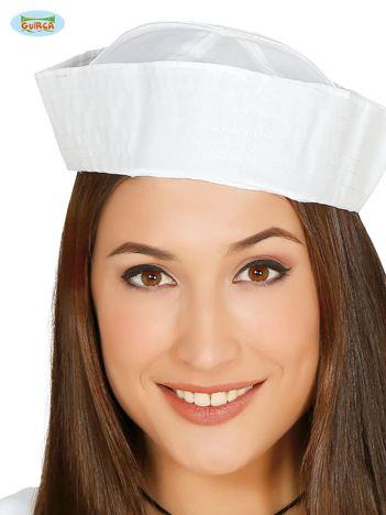 Biała czapka marynarza