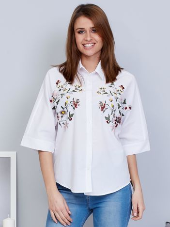 Biała koszula damska haftowana