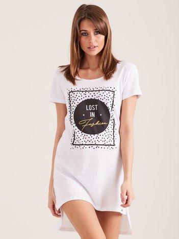 Biała koszula nocna z nadrukiem