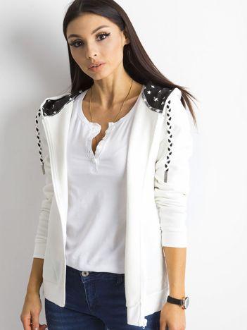 Biała rozpinana bluza z kapturem