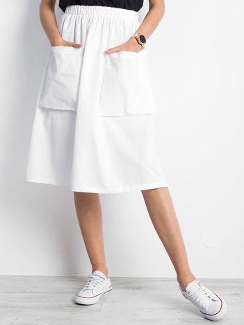 Biała spódnica Confidence
