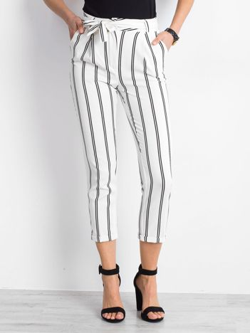 9ef17448 Spodnie damskie, tanie i modne spodnie dla kobiet – sklep eButik.pl