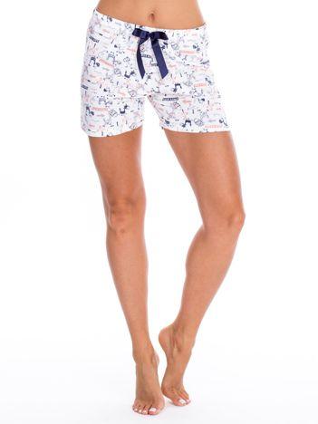 Białe szorty piżamowe z rysunkowym nadrukiem