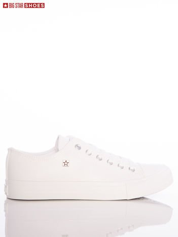Białe trampki Big Star z przypinką z logo marki na boku