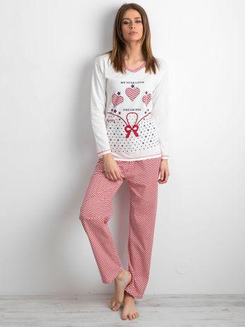 Biało-czerwona piżama damska z nadrukiem