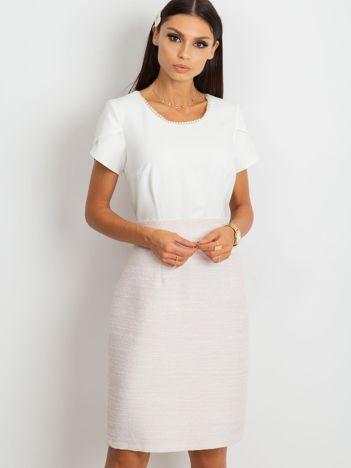 Biało-różowa sukienka Erin
