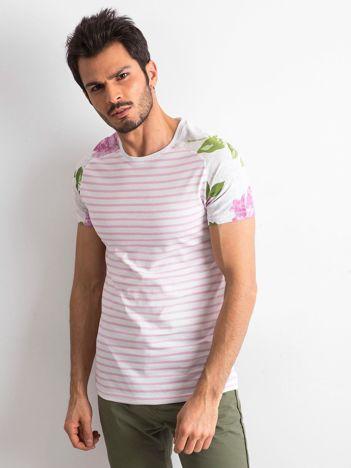Biało-różowy t-shirt męski z nadrukami