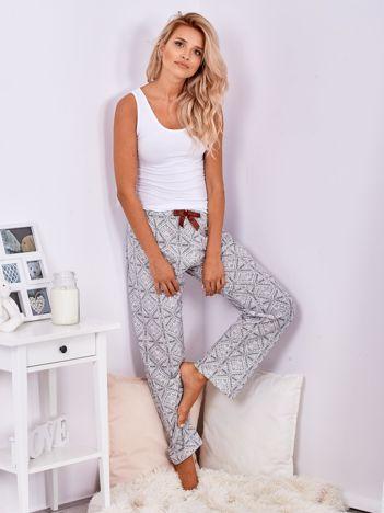 Biało-szare spodnie od piżamy we wzory