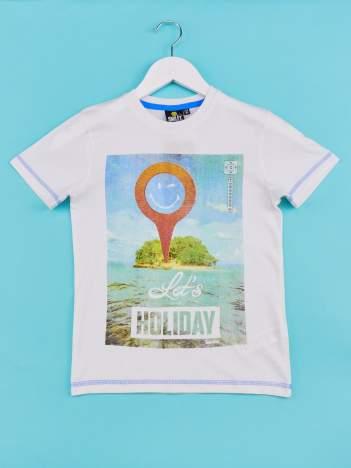 Biały t-shirt chłopięcy z nadrukiem LET'S GO FOR HOLIDAY
