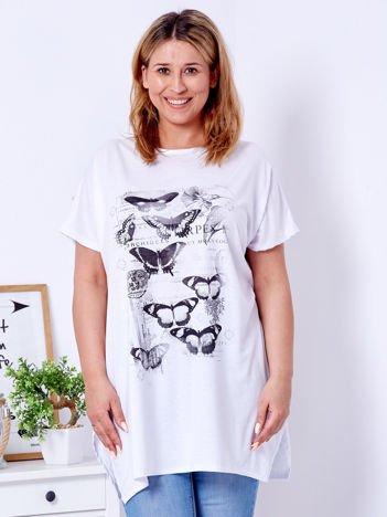 Biały t-shirt damski w motyle PLUS SIZE