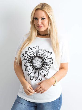 Biały t-shirt damski z nadrukiem PLUS SIZE