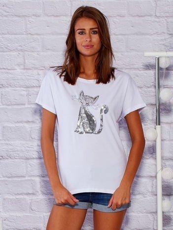 Biały t-shirt z cekinowym kotem