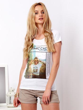 Biały t-shirt z nadrukiem dziewczyny