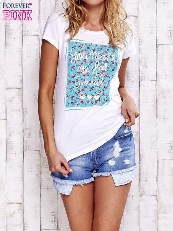 Biały t-shirt z napisem YOU MAKE ME FEEL SPECIAL