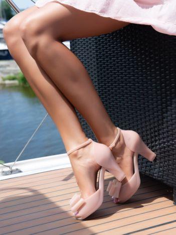 Bladoróżowe sandały ZAXY z ozdobną kokardką na przodzie