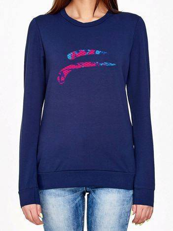 Bluza z kolorowym emblematem granatowa