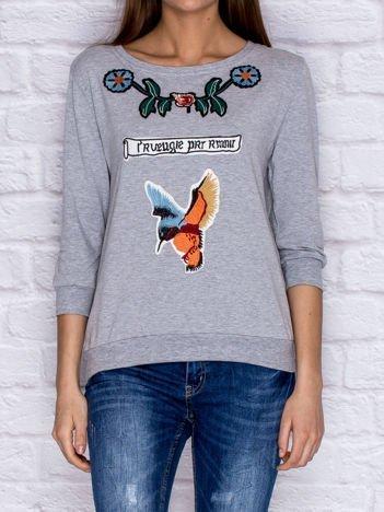 Bluza z kolorowymi naszywkami i napisem szara