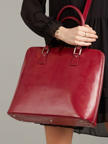 Bordowa elegancka torebka ze skóry