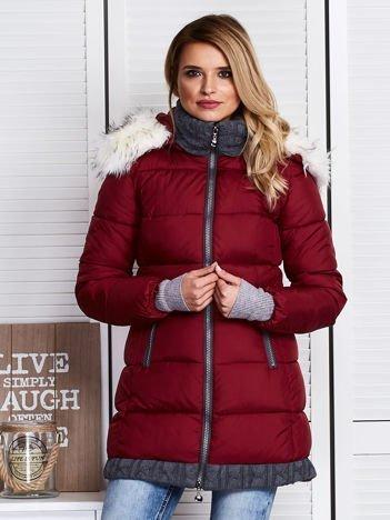 Bordowa kurtka zimowa ze swetrowym wykończeniem