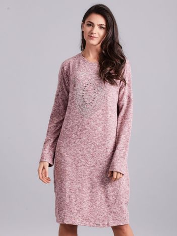 Bordowa melanżowa sukienka z aplikacją