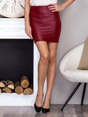 Bordowa prążkowana spódnica mini