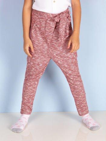Bordowe spodnie dresowe dla dziewczynki z wiązaniem