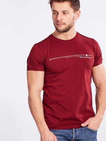 Bordowy bawełniany t-shirt męski z nadrukiem
