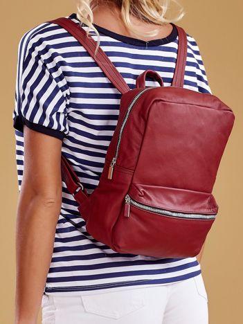 Bordowy plecak z ekoskóry