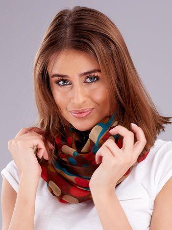 Brązowa chusta w kolorowe grochy