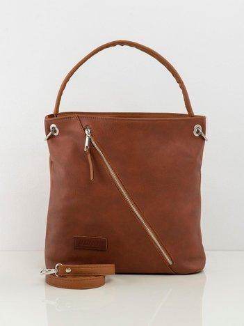 Brązowa torba z asymetryczną kieszenią