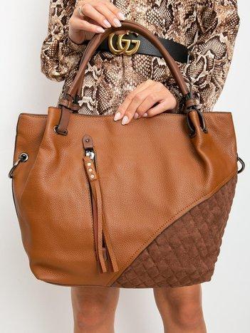 Brązowa torebka z pikowaniem