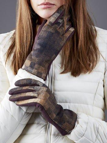 Brązowe rękawiczki w kratę