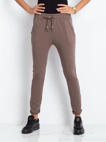 Brązowe spodnie Cadence