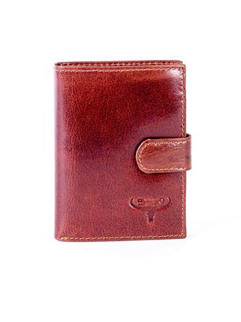 Brązowy portfel skórzany z klapką na zatrzask