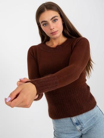 Brązowy sweter ze ściągaczami