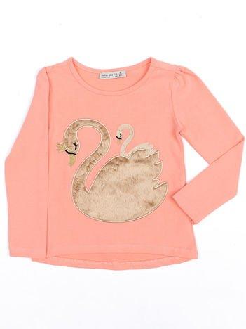Brzoskwiniowa dziewczęca bluzka z futrzanym łabędziem