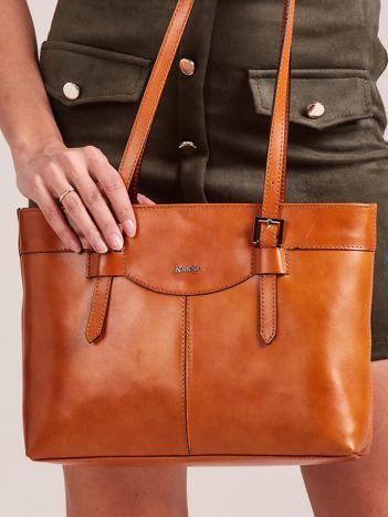 Camelowa elegancka torebka za skóry