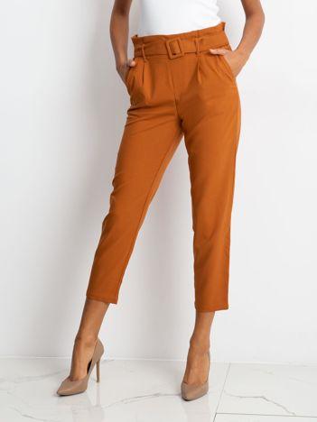 Camelowe spodnie Sierra
