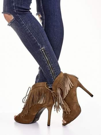 Camelowe sznurowane botki faux suede Lea open toe z frędzlami