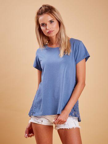 Ciemnoniebieska bluzka z koronkową wstawką na plecach