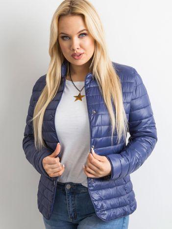 Ciemnoniebieska kurtka z pikowaniem PLUS SIZE