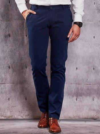 Ciemnoniebieskie materiałowe spodnie męskie chinosy