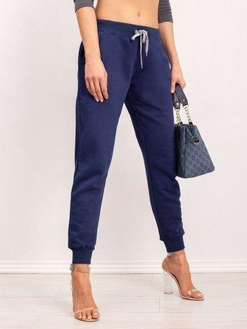 Ciemnoniebieskie spodnie Tracey