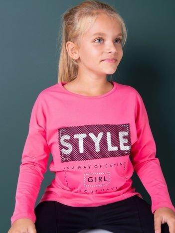 Ciemnoróżowa bluzka dla dziewczynki z napisem i aplikacją