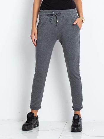82406c1d5b7898 Spodnie damskie, tanie i modne spodnie dla kobiet – sklep eButik.pl